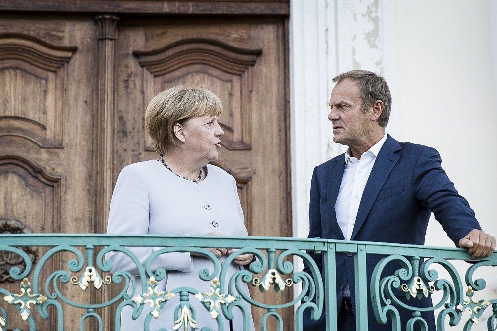 Merkel Tusk